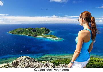 stehende , vatuvula, frau, insel, oberseite, junger, kuata, vulkan, yasawas, fidschi, wayaseva, ansicht