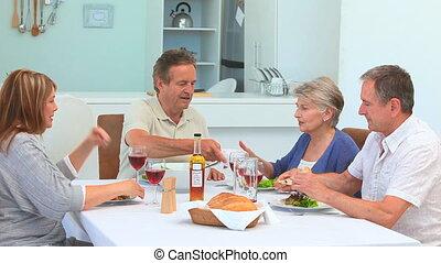 stellen, van, vrienden, hebben, een, etentje, samen