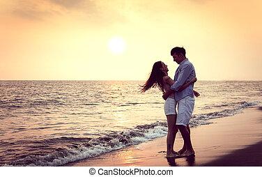 stemningsfuld, strand, solnedgang, par, klemme, unge