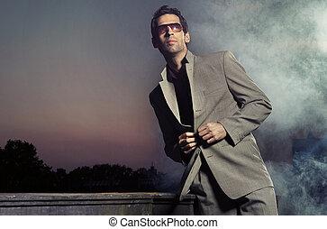 stilig, man, bärande solglasögoner