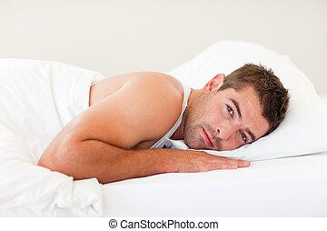 stilig, man, lögnaktig, säng