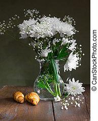 Still life of flowers of white chrysanthemums