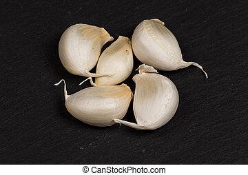 organic whole garlic - still life photo of organic whole ...