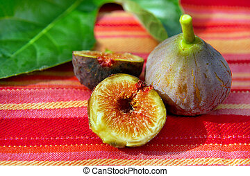 Still life with figs - Still life outdoor in the sun with...
