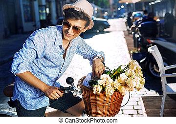stilvoll, fahrrad, junger mann, hübsch
