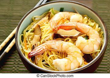 Stir fried egg Noodle with prawn