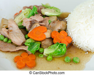 stir-fried mixed vegetables with pork