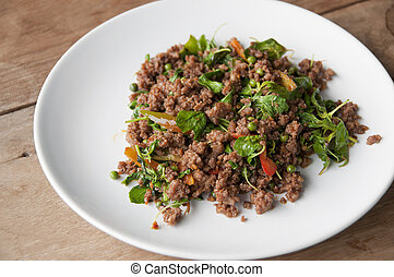 Stir-fried spicy minced beef.