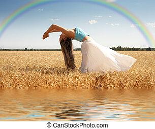 stiramento, donna, con, arcobaleno, e, acqua
