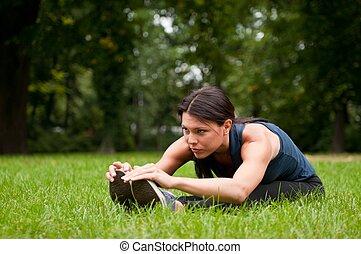 stiramento, donna, muscoli, jogging, prima