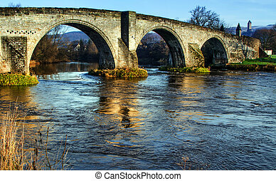Stirling Bridge - Close shot of Stirling Bridge with Wallace...