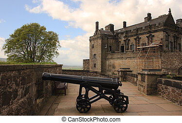 Stirling castle canon - Canon as part of the defenses at...