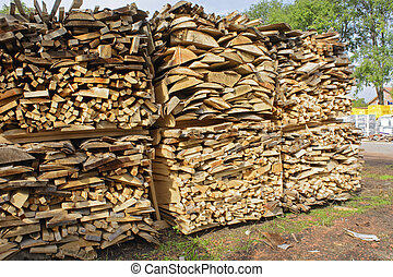 Stock boards firewood
