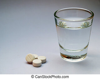 Stock Photo: Many paracetamol or aspirin Pills with fresh ...