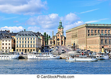 stockholm., molo, skeppbrokajen, i, stockholm?s, katedra, (storkyrkan, przedimek określony przed rzeczownikami, najbardziej stary, w, przedimek określony przed rzeczownikami, city)