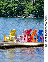 stoelen, dok, kleurrijke