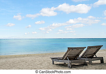 stoelen, tropisch strand, lege
