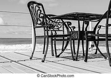 Spiksplinternieuw Stoelen, gietijzeren , tafel. Wei, gekleurde, oud, ijzer, goud AB-49
