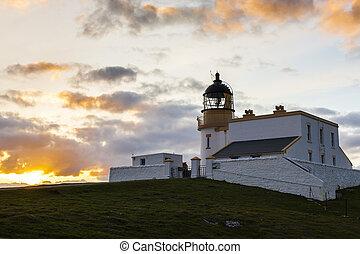 stoer, latarnia morska, szkocja, wzgórza, podczas, zachód słońca