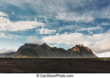 stokksnes, montanhas, e, pretas, deserto
