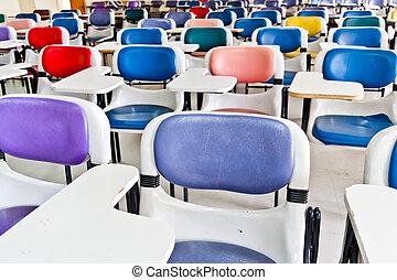 stol, Mång-, färgad