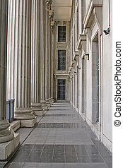 Stone columns in a judicial law building