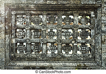 Stone lattice in the wall