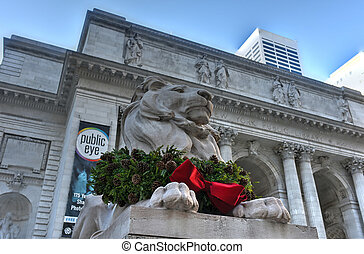 Stone Lion - Midtown Library, New York - Stone lion at the...