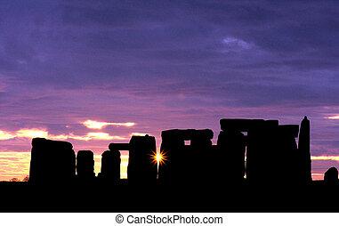 stonehenge, aube