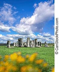 stonehenge, met, dramatische hemel, in, engeland