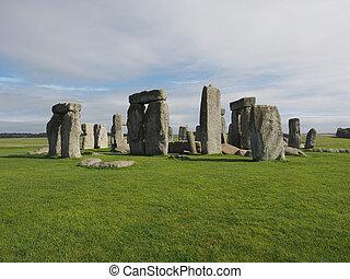Stonehenge monument in Amesbury - Ruins of Stonehenge...