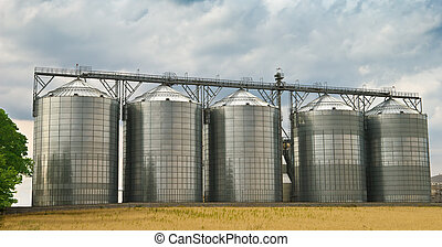 Storage tanks - Five, made of steel, storage tanks in a ...
