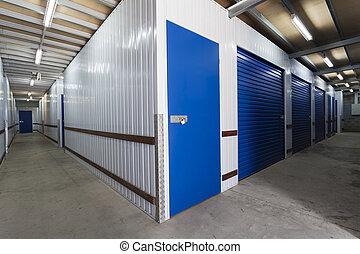 Storage warehouse - Warehouse with private storage sheds