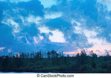 storm clouds in the sky, rain clouds