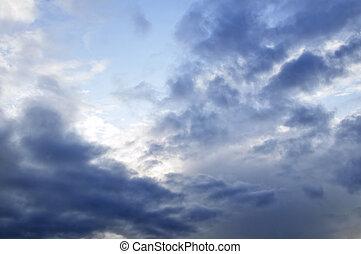 stormachtige hemel, met, zonneschijn