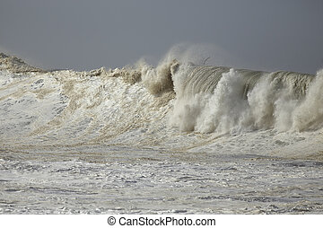 Stormy breaking waves