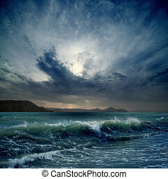 Stormy sea - Dramatic landscape - dark stormy sky, sea...