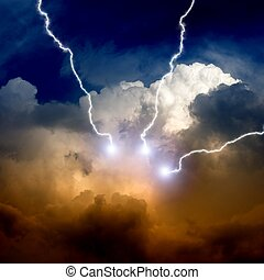 Stormy sky with lightnings - Dramatic background - ...
