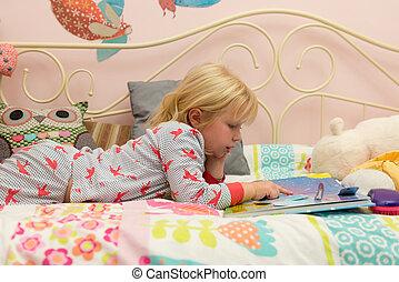 storybook, わずかしか, 読書, 女の子, ベッド