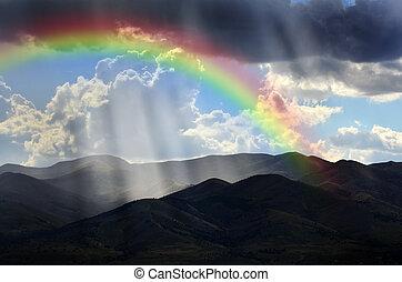 stråle, av, solljus, på, fredlig, mountains, och, regnbåge