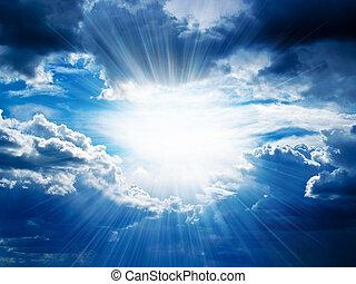 stråler, i, solskin, bryder, igennem, den, skyer