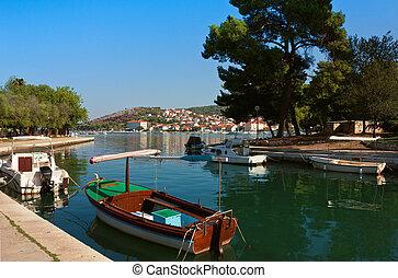 strand, ansicht, von, trogir, in, kroatien