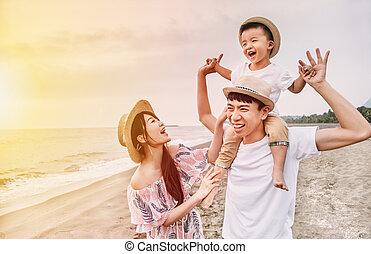 strand, asiat, solnedgång, glad släkt, leka