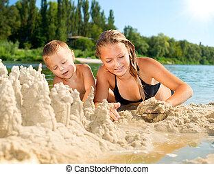 strand, hebben, vrolijke , plezier, summer., rivier, geitjes