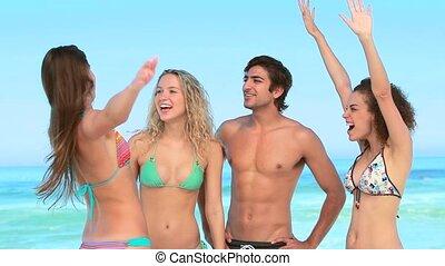 strand, kerel, meiden, drie