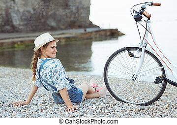strand, kvinna, cykel, lycklig