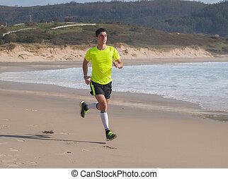 strand, langs, jonge man, kleding, fitness, rennende