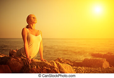 strand, solnedgång, kvinna, yoga