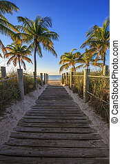 strand, väst, nyckel