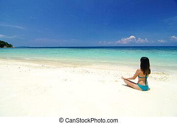 strand, yoga